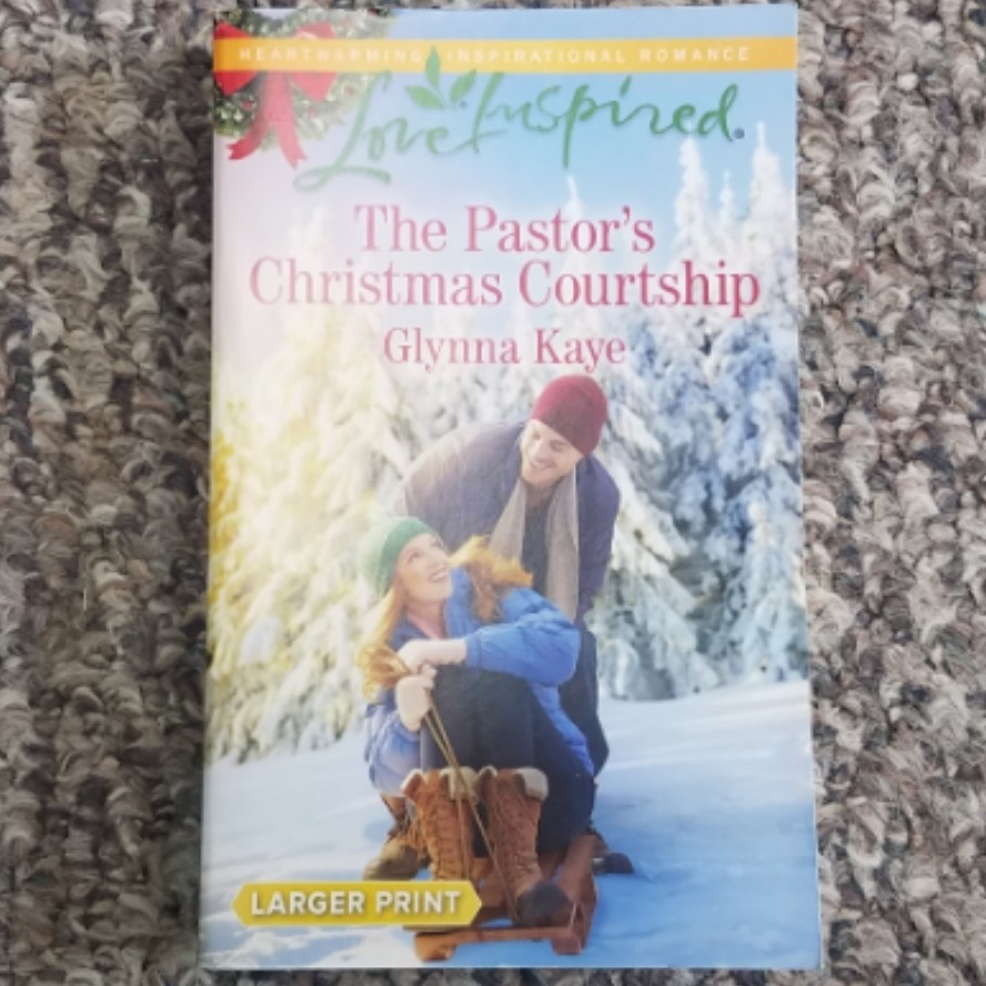 The Pastor's Christmas Courtship by Glynna Kaye