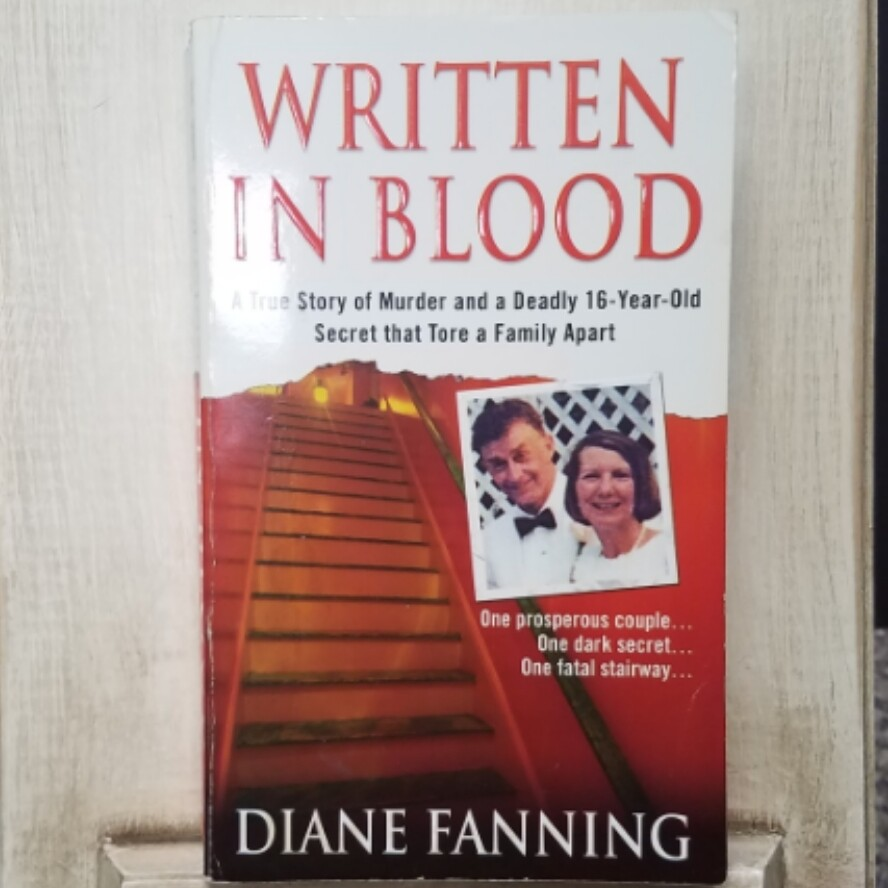 Written in Blood by Diane Fanning