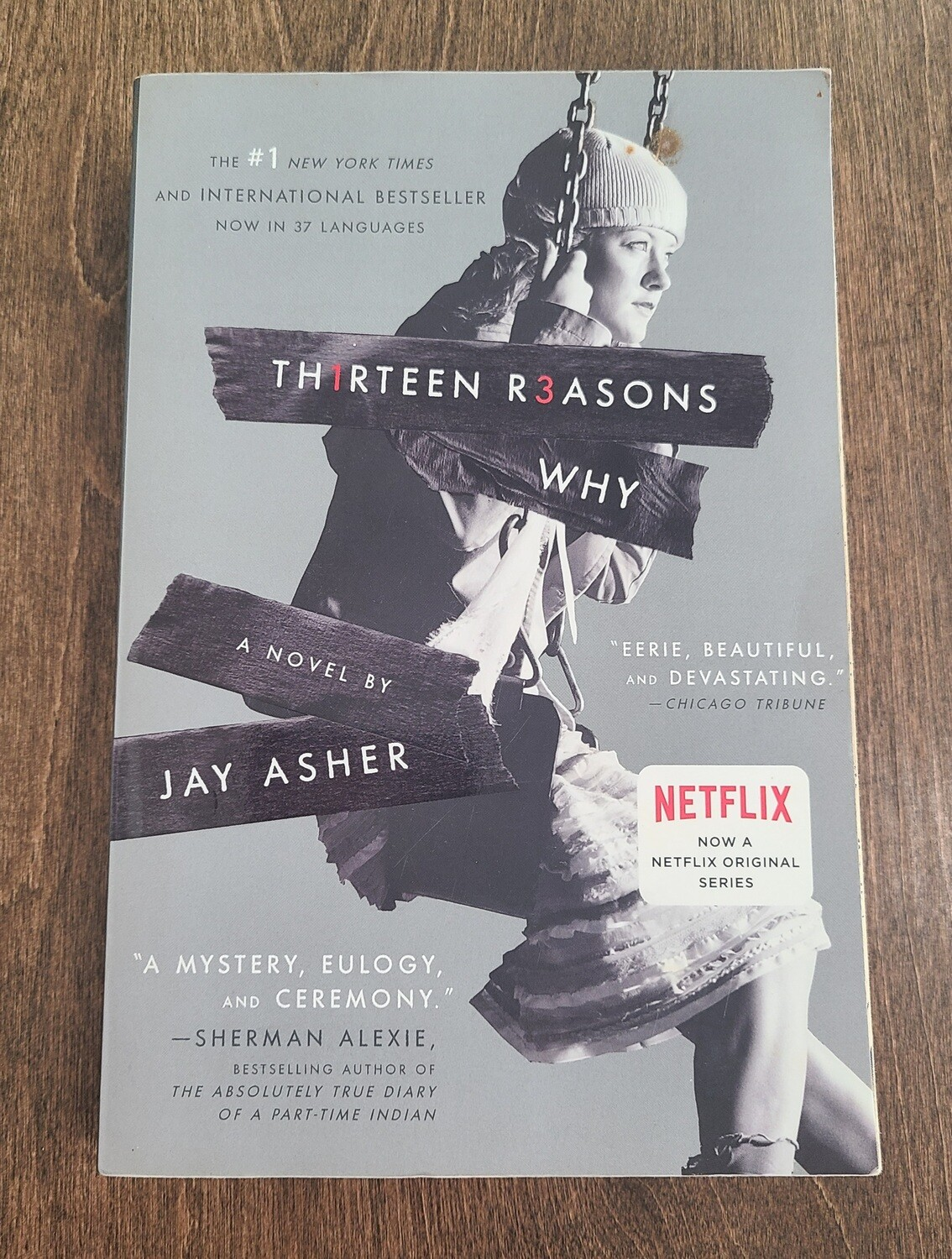 Thirteen Reasons Why by Jay Asher - Paperback