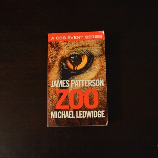 Zoo by James Patterson and Michael Ledwidge