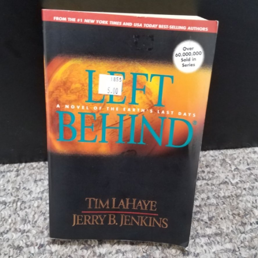 Left Behind by Tim LaHaye & Jerry B. Jenkins - Large Paperback