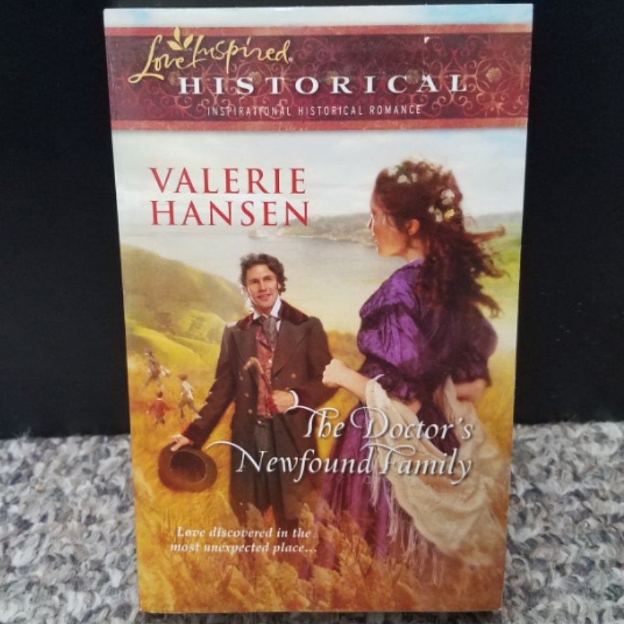 The Doctor's Newfound Family by Valerie Hansen