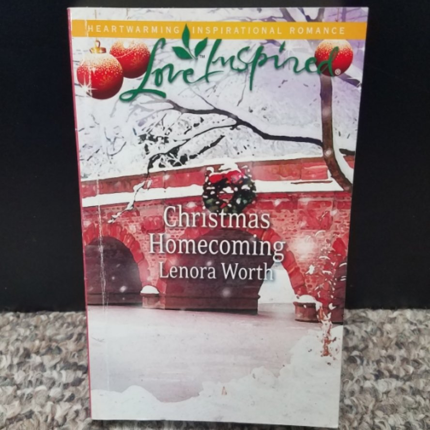 Christmas Homecoming by Lenora Worth