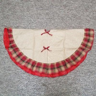 Plaid Burlap Christmas Tree Skirt