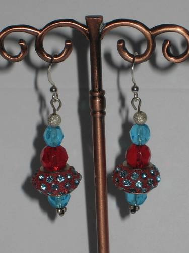 LAMPWORK EARRINGS- several colors/  BOUCLES D'OREILLE AU CHAMULEAU - en plusieurs couleurs