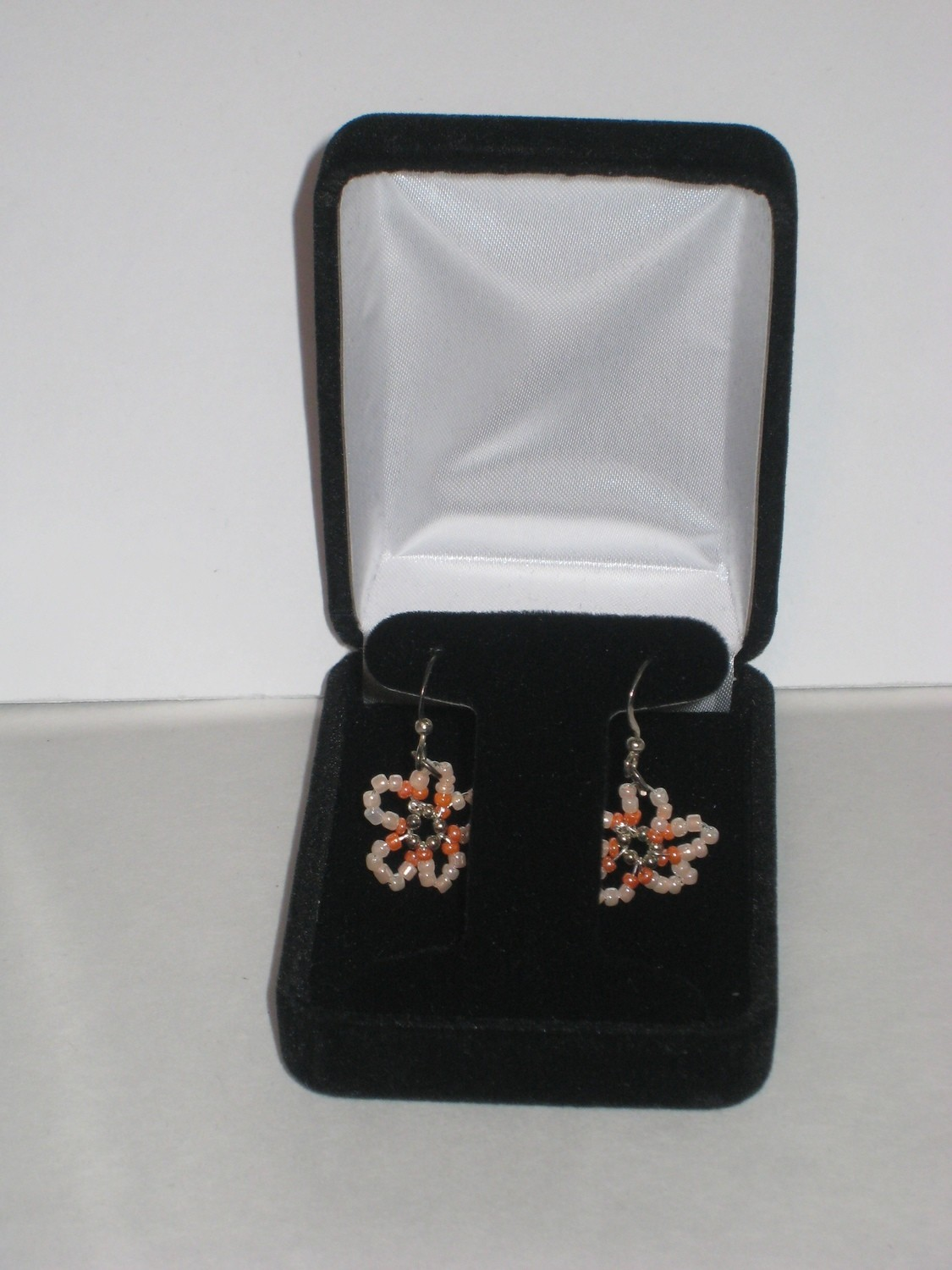 PEACH BLOSSOM EARRINGS/ BOUCLES D'OREILLES DE FLEURE DE PECHE
