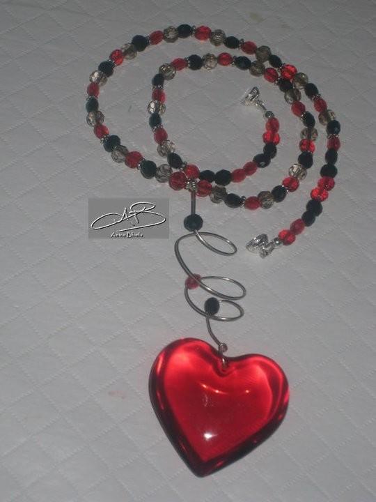 GENEROUS HEART NECKLACE/ COLLIER COEUR GENEREUX