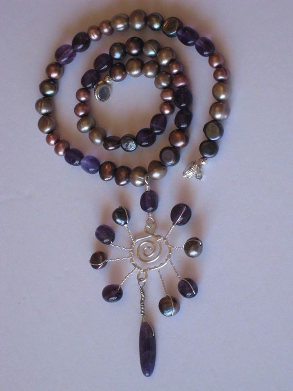 AMETHYST PEARL SPIRAL NECKLACE 2A/ COLLIER AMETHYSTE PERLES SPIRALE 2A