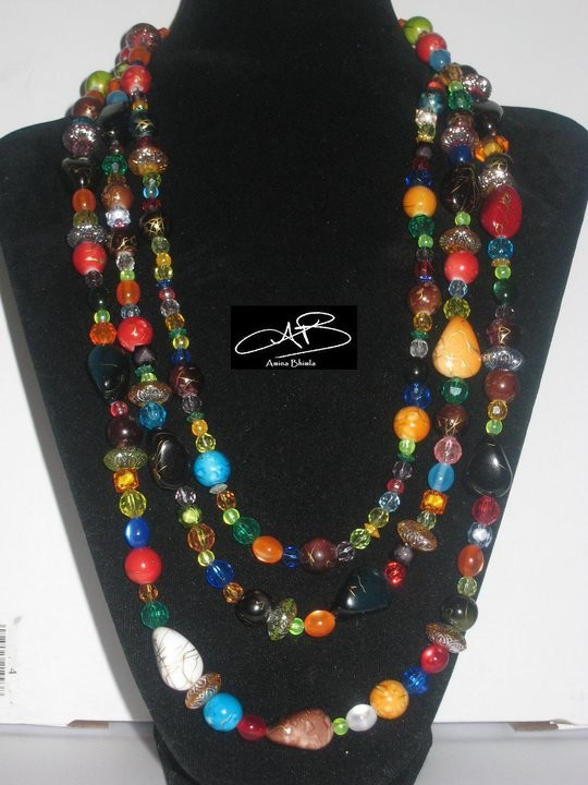 CARNIVAL NECKLACE/ COLLIER DE CARNIVAL
