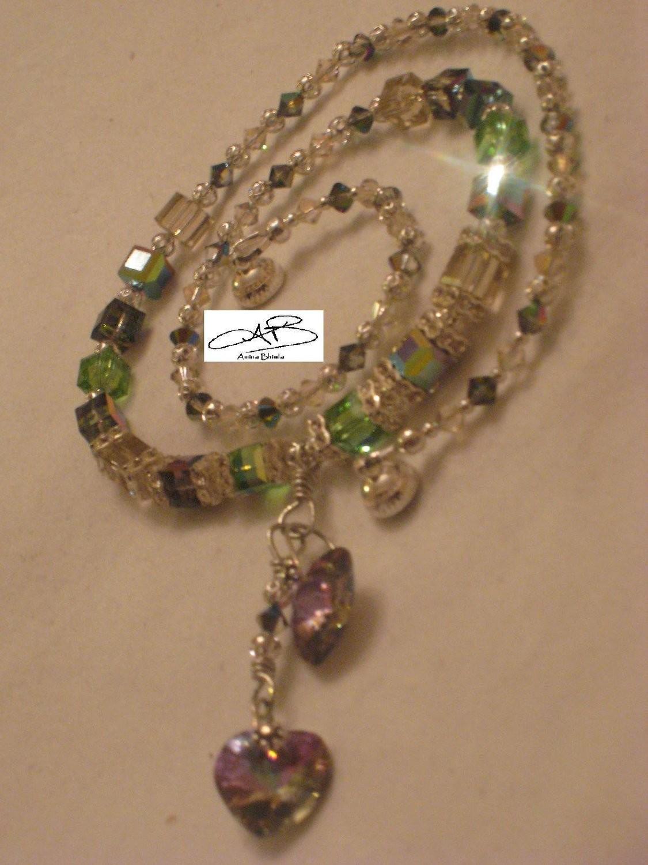 Vital signs necklace/ Les signes vitaux collier