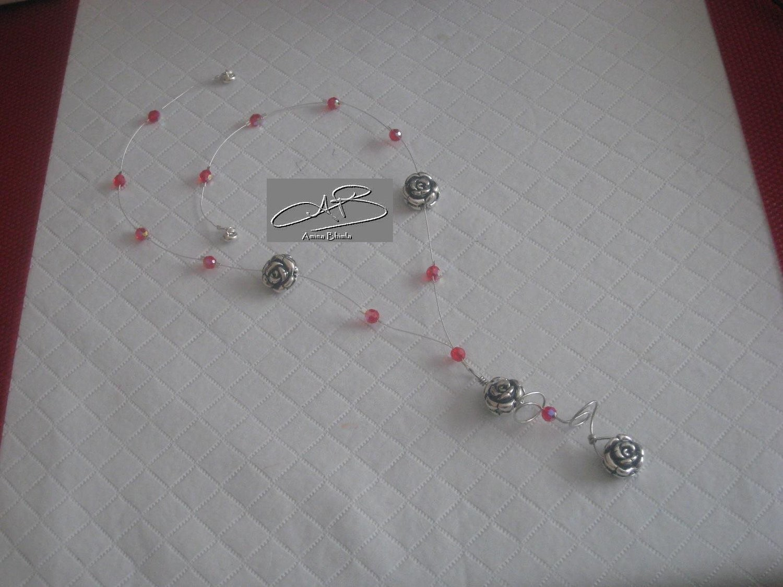 Silver Roses Necklace/ Collier des Roses d'Argent