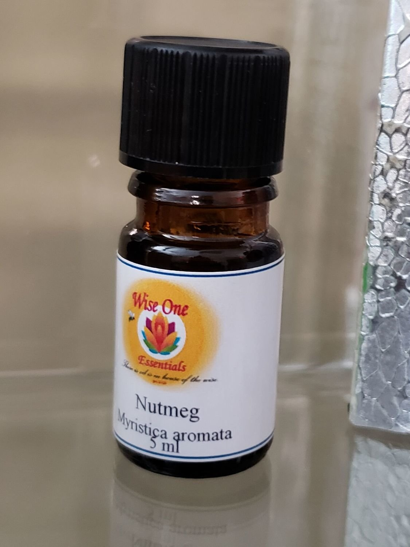 Nutmeg Essential Oil (5ml)