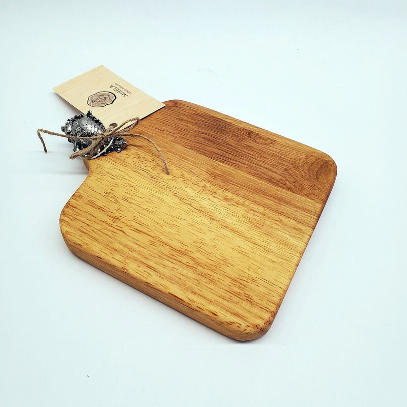 Charcuterie Board with Seashell Handle