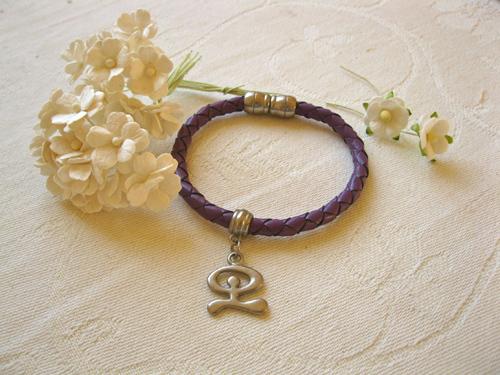 Leather bracelet ~ Indalo, purple