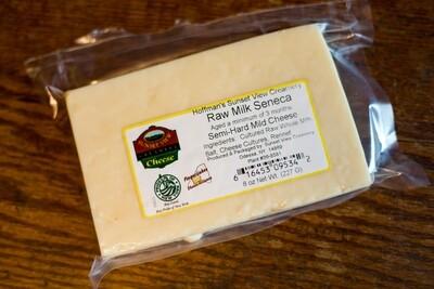 SVC Raw Milk Seneca (Mild Cheddar) 8 oz
