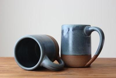 Farmhouse Mug in Wellhouse Blue