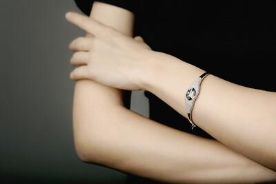 HALF ARM
