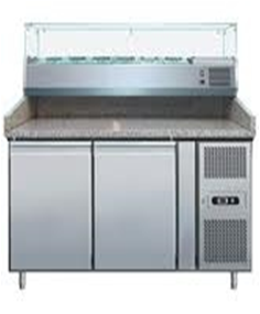 Pizza preparation chiller + salad bar.