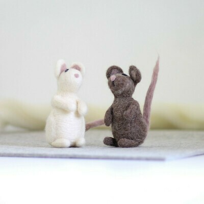 Mice Felting Kit