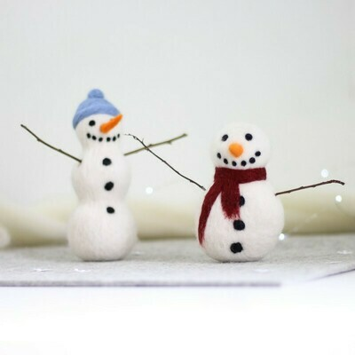Snowmen Felting Kit