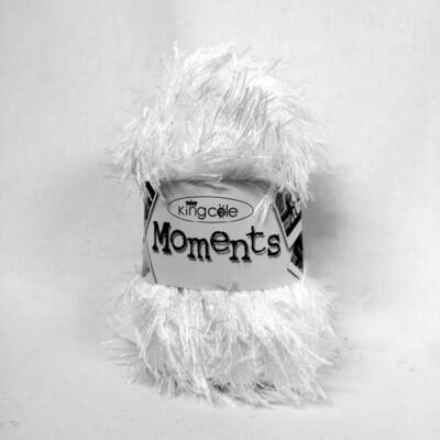 Moments DK - White
