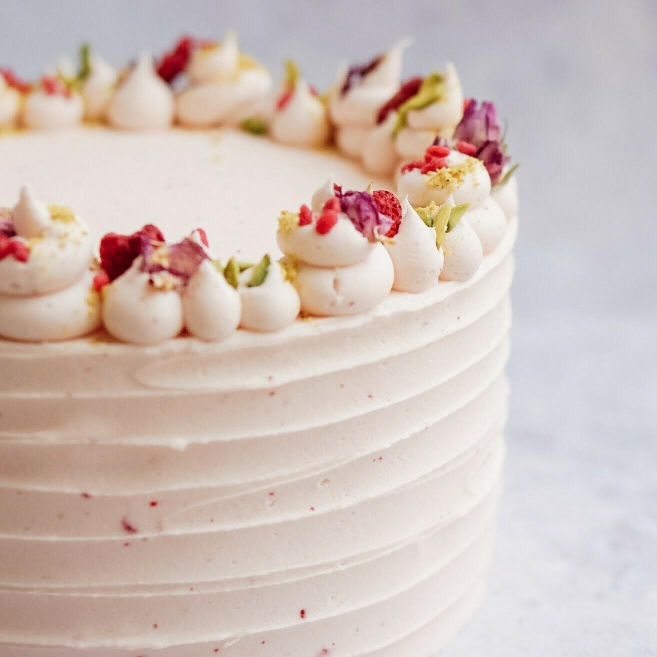 Rose, Raspberry and Pistachio Cake (+ colours)