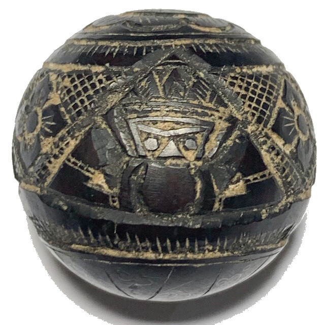 Kot Kala Pra Rahu Mai Mee Ta Ud Kring Eyeless Coconut Shell with Magic Bead Rattle Luang Por Noi Wat Srisa Tong