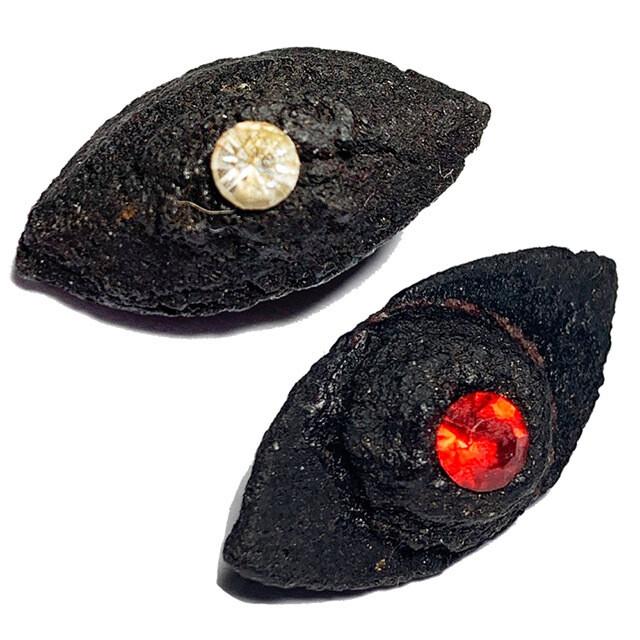 Duang Ta Aathan Pim Sorng Hnaa Nuea Pong Prai Luan 2 Ploi Sek Early Era Shiva Eye 2 Gemstones Luang Por Pina Free EMS