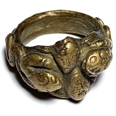 Hwaen Lor Boran Ngu Giaw Sap See Gler 2460 BE 4 Entwined Snakes Magic Ring for Protection & Wealth Luang Por Im Wat Hua Khao