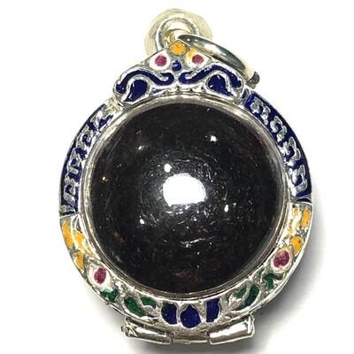Look Om Ying Mai Ork Maha Ud Nuea Krang 2470 BE Luang Por Tong Sukh Wat Tanode Luang Free Silver Case & Shipping