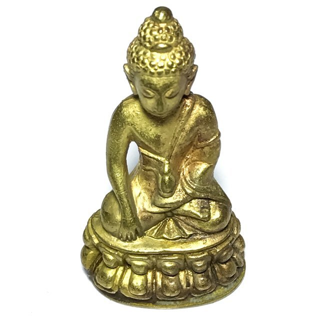 Pra Kring Tamma Muni Run Raek 1st edition 2539 BE Gold Pouring Ceremony Luang Por Pae Wat Pikul Tong