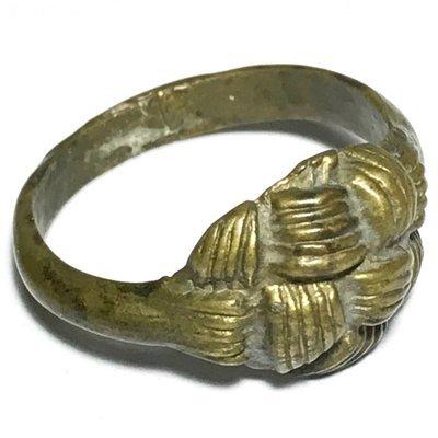 Hwaen Pirod Hua Dtakror 5 Khad Magic Ring of Power + Protection 2 Cm - Luang Por Sai Wat Tong Kung