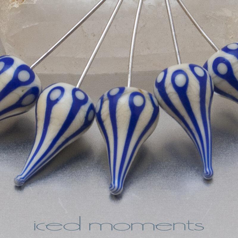 Walking Dot teardrops in ivory and cobalt blue