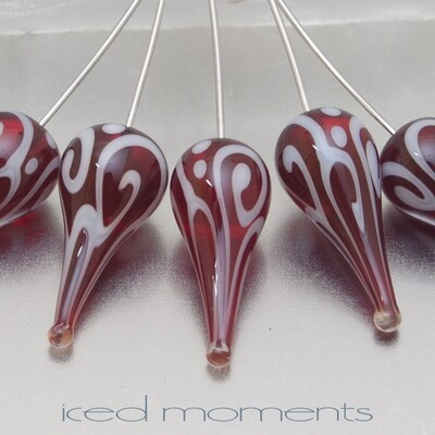 Helix teardrop in transparent red and white