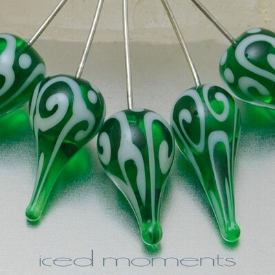 Helix teardrops in emerald green and white
