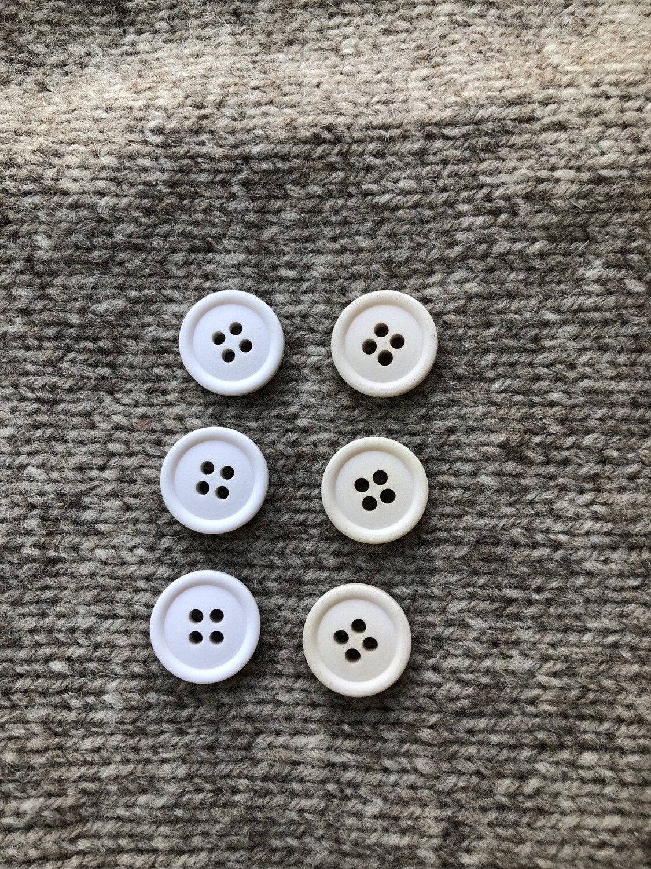 Хлопковые пуговицы 15mm – Ecru (справа)