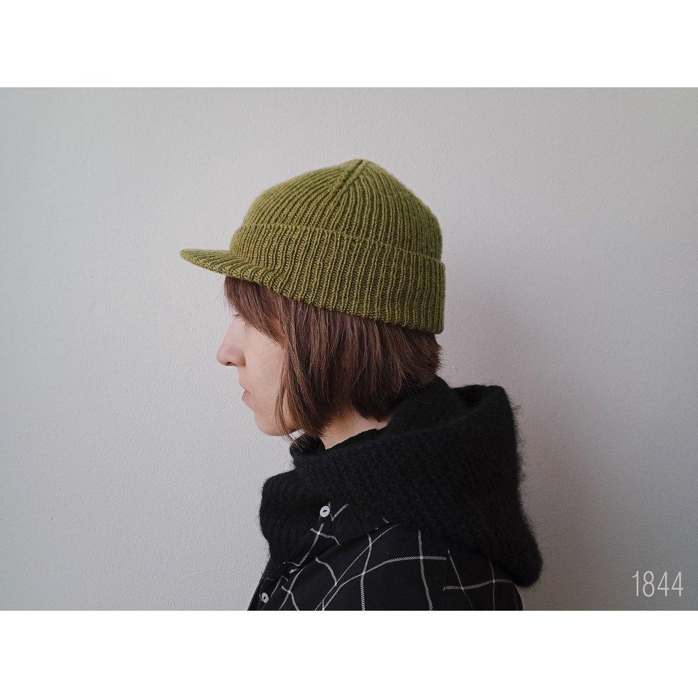 набор шапка с козырьком 1844