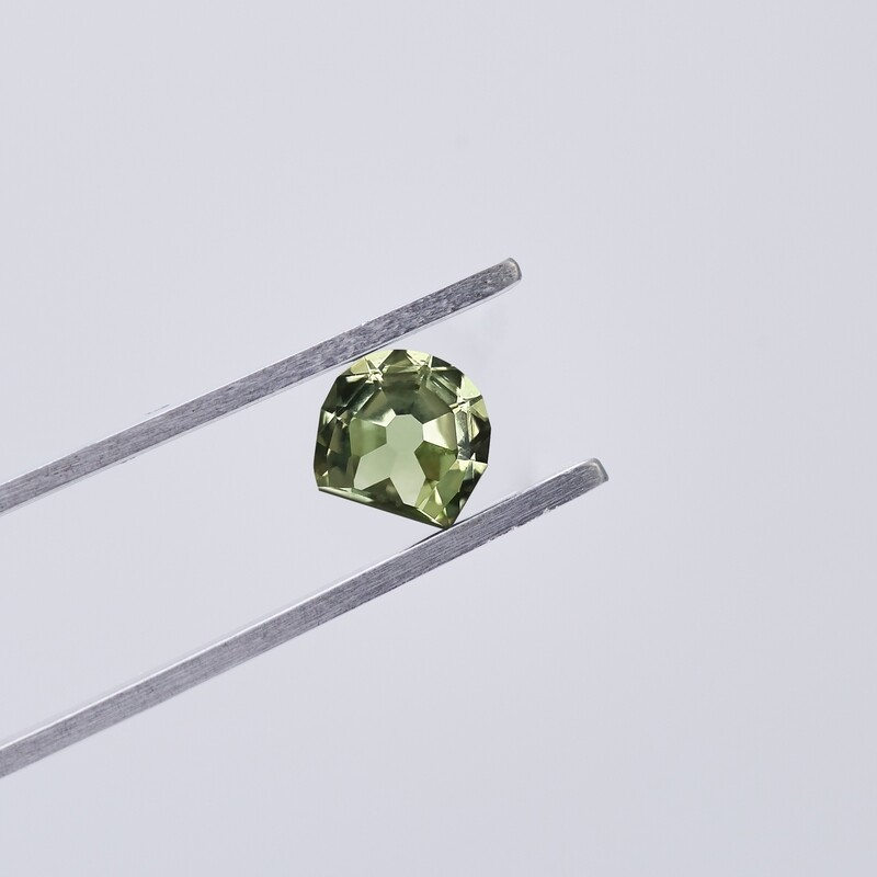 1.28ct Montana Sapphire in Yellow Greenish Teal