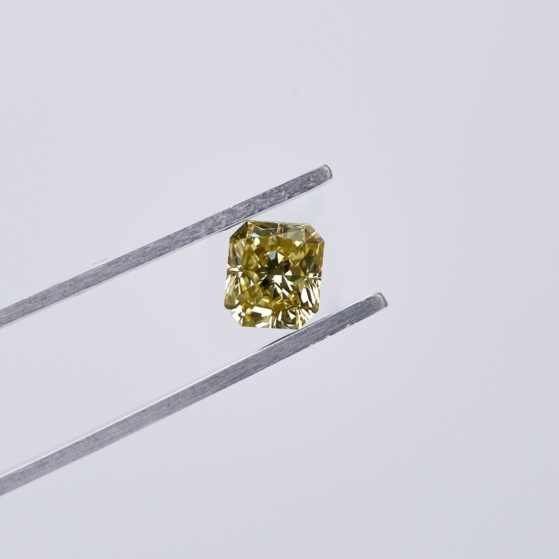 1.01ct Fancy Yellow Diamond Radiant Cut
