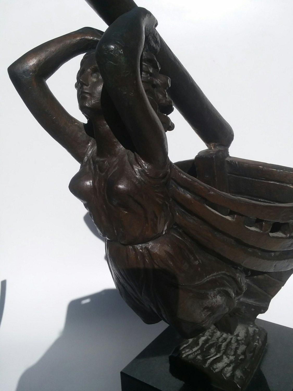 Guido Galletti bronze statue