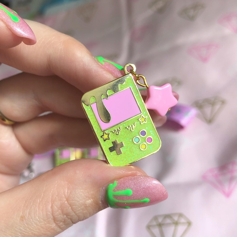Drippy Gameboy Enamel pin(new Variant)