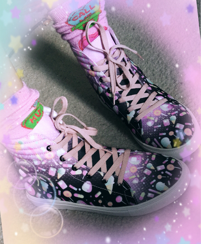 KityCrylics Hi-Top Sneakers (pink/Black)