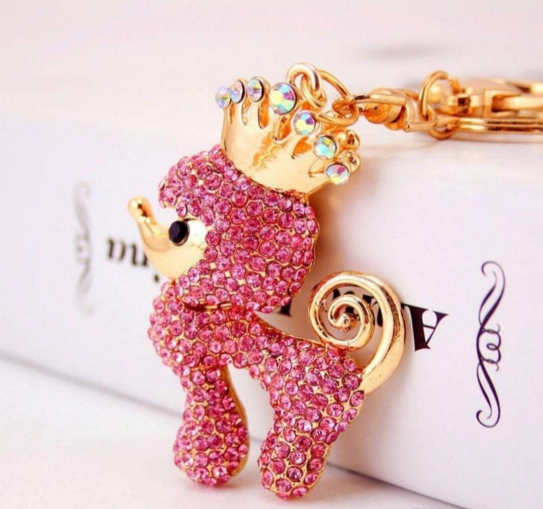 Queen  keychain