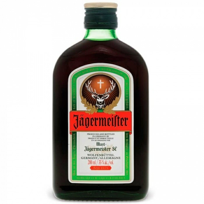 Licor Herbiqueur Jägermeister 200ml