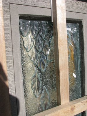 Falling Leaves Slump Glass & Concrete Water Feature