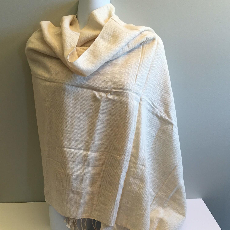 Écharpe beige unie en tricot de lin