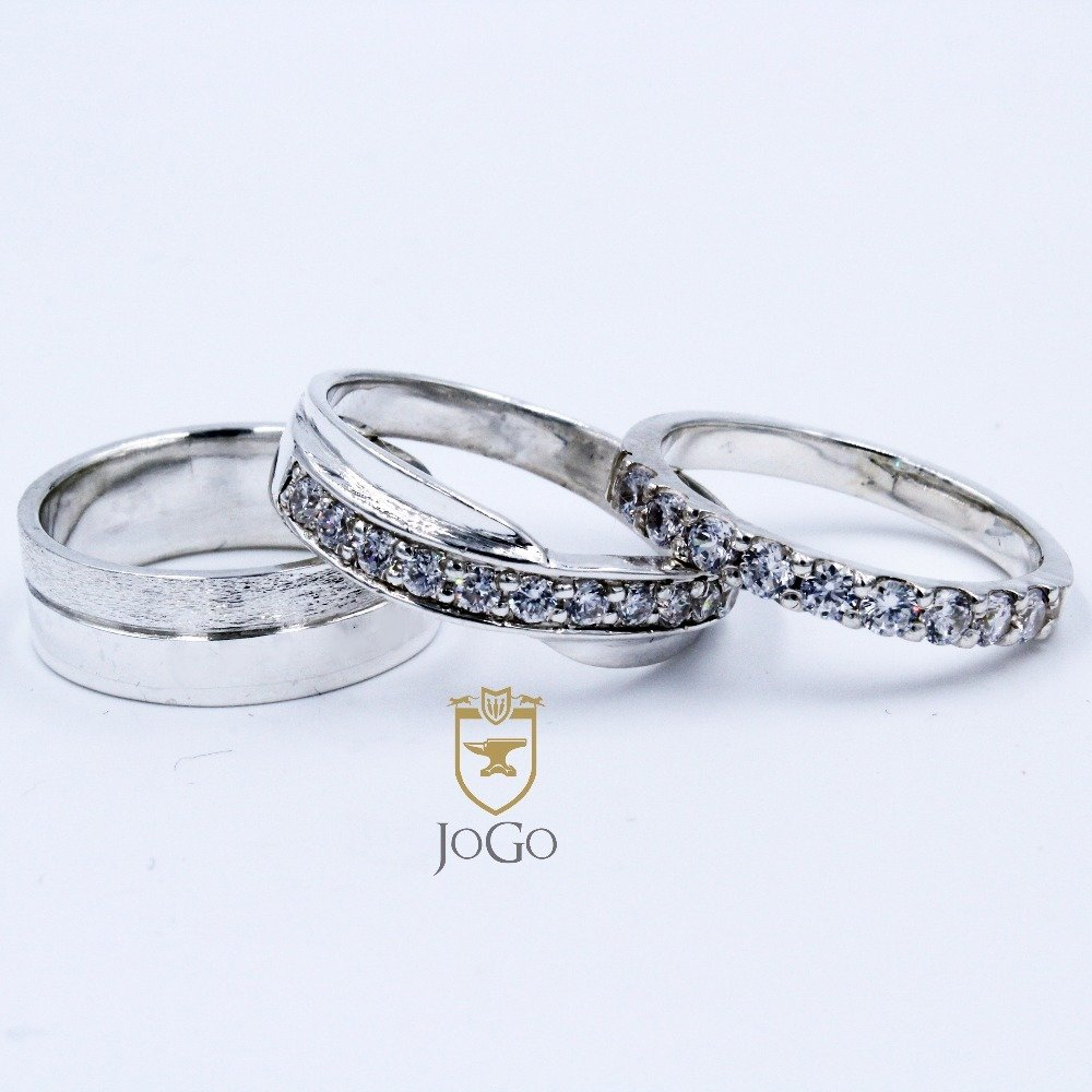 White Gold Engagement & Wedding Set
