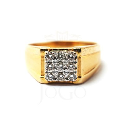 CZ Signet Ring in 18 K Yellow Gold
