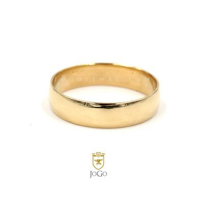 Half Round Wedding Ring in 18 K Yellow Gold