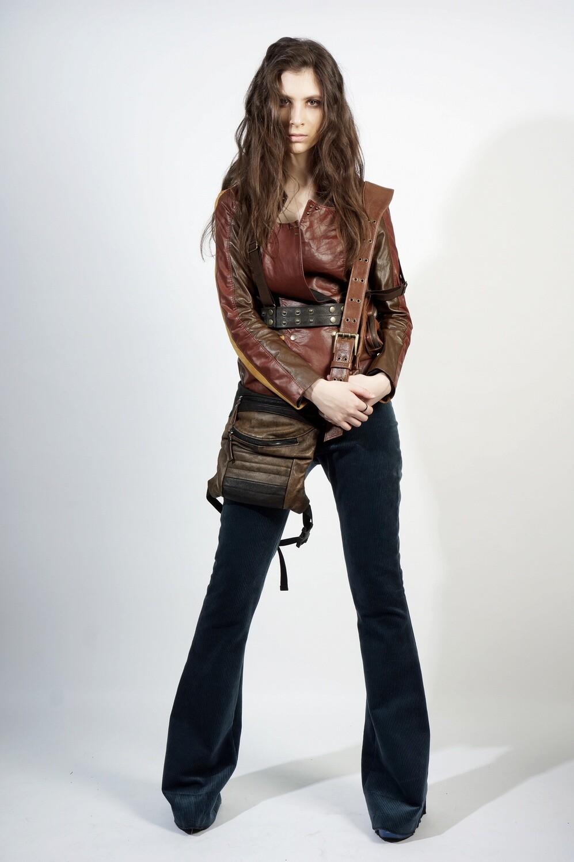 Leather Legbag